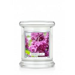 Aromatyczna świeca Kringle Candle Fresh Lilac w zamykanym szklanym słoiku