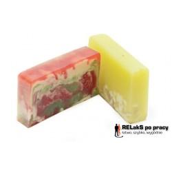 Zestaw mydło organiczne żurawinowe plus mydło olejek z drzewa herbacianego z chmielem